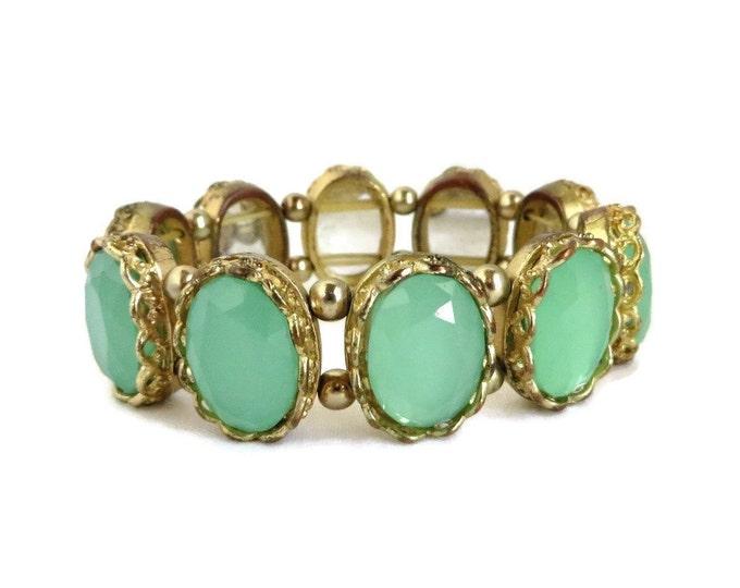 Emerald Glass Bracelet, Vintage Bracelet, Green Goldtone Stretch Bracelet, Faceted Framed Glass Bracelet, Gift idea