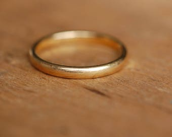 Antique 22K 1930s yellow gold wedding or stacking band