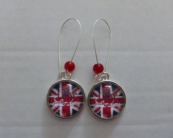 pretty Stud Earrings cabochon I love London