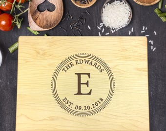 Personalized Wood Cutting Board, Wedding Gift, Gift for Couples, Gift for Her, Bridal Shower Gift, Mr & Mrs Gift, Newlywed Gift, B-0037 Rec