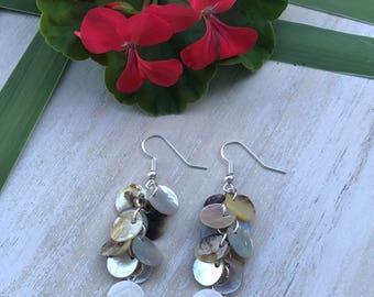 Shell Disc Earrings || Boho Earrings || Beach Earrings || Iridescent Earrings