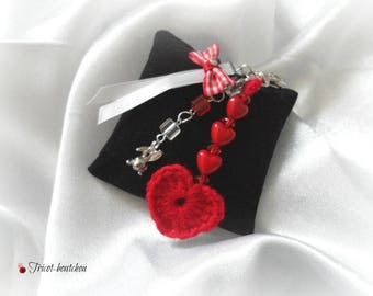 Red crochet heart Keyring and rabbit