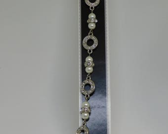 CLEARANCE Shimmering Metal & Pearl 7 Inch Chain