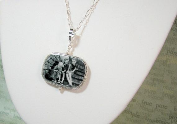 Sterling Silver Framed Photo Pendant Necklace - Large - FP1FRfN