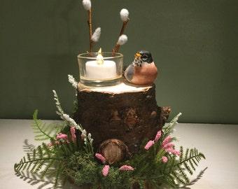 Spring robin on stump candle holder