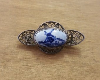 Delft Porcelain and Silver Filigree Vintage Brooch