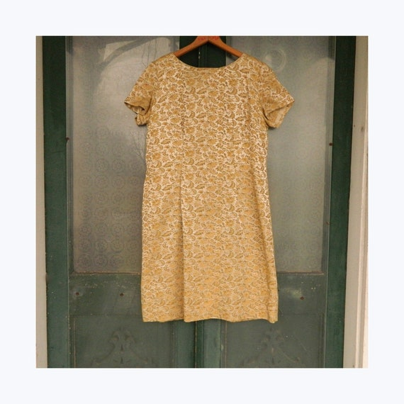 Vintage 1960s Short-Sleeve Fancy Dress -M- Gold Floral Tapestry
