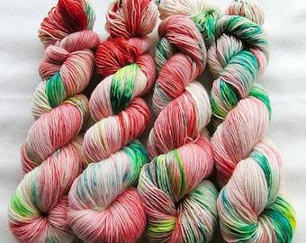 Merino SINGLE yarn, 100% Merinowool 100g 3.5 oz.Nr. 136