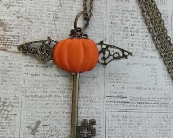 Steampunk Bat Pumpkin Necklace, Pumpkin Necklace, Halloween Jewelry, Bat Necklace, Halloween Skeleton Key Necklace, Fall Jewelry