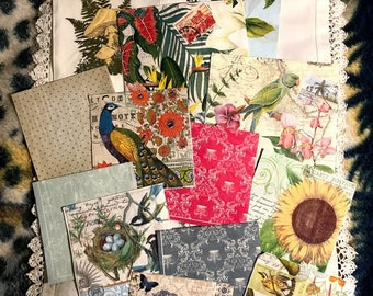 Paper napkin for decoupage / flora and fauna