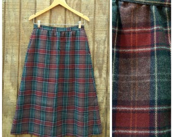 Vintage 60s Retro High Waisted Wool Forest Green & Burgundy Plaid Winter A line Midi Skirt with Pockets Small 26 Waist