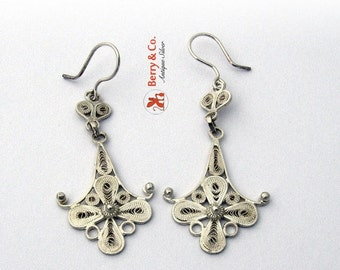 SaLe! sALe! Filigree Dangle Earrings Sterling Silver Hand Made Eb56