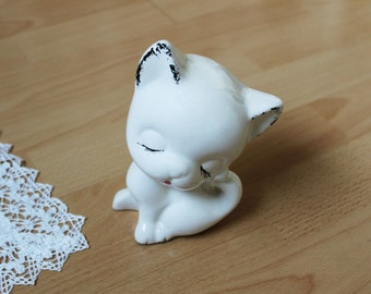 Vintage Ceramic Figurine White Cat, Porcelain Cat, Home Decor