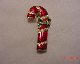 Vintage Red And Gold Enameled Candy Cane Christmas Brooch  18 - 1129