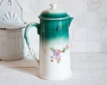 Very pretty emerald green and white Gien porcelain coffee pot - Romantic French vintage coffee pot - Art deco style