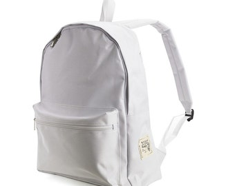 40% off-SMART Backpack (White) 36->21.6