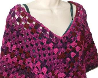 Womens Poncho, Red Poncho, Crochet Capelet, Womens Fashion Wrap, Cloak, Spring Poncho, Womens Shawl, Crochet Shawl, Womens Capelet