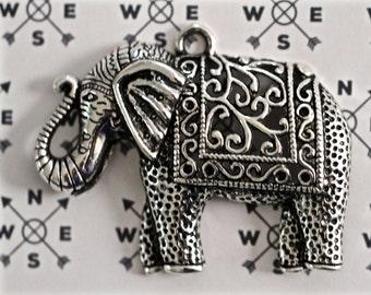 Elephant Antique Silver Tone Pendant... Animal Pendant.... Elephant Pendant...