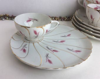 Porcelain Snack Set Purple Pampas Flower Gold Trim Clam Shell Style Made in Japan Set of 6