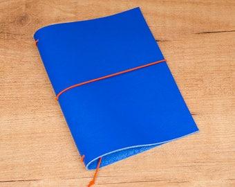 Cuaderno de cuero hecho a mano, estilo Midori Traveler's Notebook tamaño Passport / Pocket / A6 - Azul Real