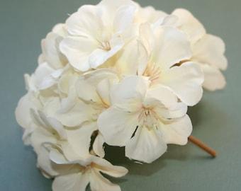 1 Creamy White Geranium Bunch - Full Head - Artificial Flowers, Blossoms, Silk Flowers - PRE-ORDER