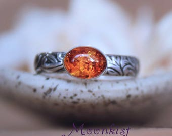 Amber Engagement Ring - Sterling Silver Oval Amber Ring - Nature-Inspired Engagement Ring - Amber Promise Ring for Her - Botanical Ring