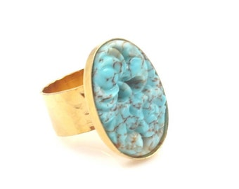 Turquoise and Gold Carved Cameo Ring