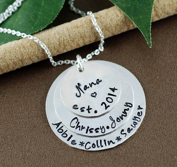 Personalized Grandma Necklace | Nana Established Necklace | Established Grandma Jewelry | Pesonlized Mom Necklace | Gift for Grandma Mom