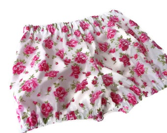 Baby bloomers, girls bloomers, baby clothes, baby shorts, girls clothes, baby shower gift, floral bloomers, vintage feel, girls shorts