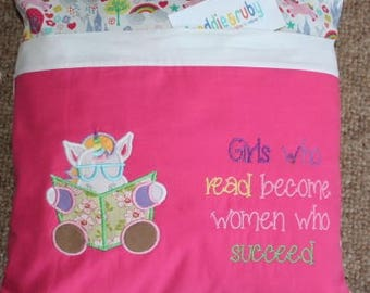 Reading Book Cushion....'Girls who read'