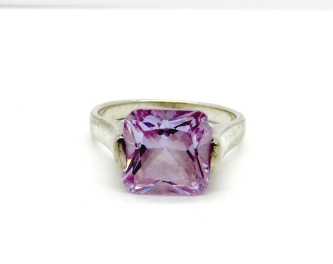 Amethyst Glass Ring, Vintage Sterling Silver Ring, Solitaire Ring, Cocktail Ring, Purple Stone Ring, Gift Ideas
