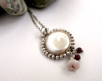 Mother of Pearl - Pendant Necklace - Sterling Silver - Vintage - Dangle Necklace