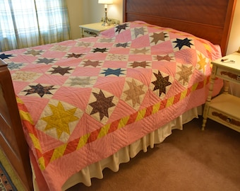 Antique Quilt- Eight Pointed Star with Double Pieced Borders: Beautiful Quilting Exc. Condition!