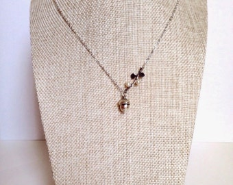 Acorn Necklace / Acorn Charm Necklace / Rustic Wedding Jewelry / Fall Jewelry / Nature Necklace / Christmas Gifts for Her