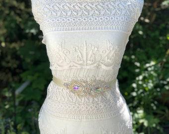 Bridal sash belt, crystal sash belt, ivory sash belt, wedding dress belt, wedding dress sash,
