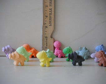 Dinosaurs sidewalk chalk party favors gifts set 15 chalks with 3 different dinos