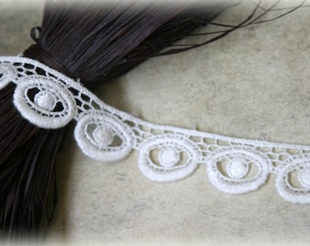 Tresors   Ivory Venice Bridal Crafting Embroidered Fabric Lace Trim LA-079