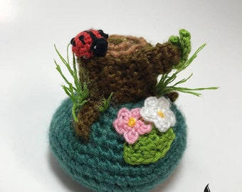 Crochet pincushion miniatures