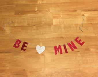 Be Mine Valentines Day Banner