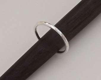 Simple pure silver ring