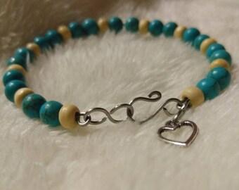 Blue Howlite Wire Bracelet