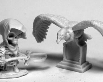 Mr. Bones and Buzzy - 77485 - Reaper Miniatures