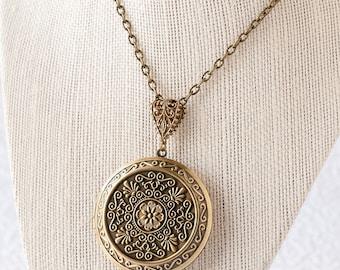 Boho Necklace Large Locket Antique Locket Bronze Locket Statement Necklace Keepsake Gift Wedding Gift Mother's Day Gift Graduation Gift