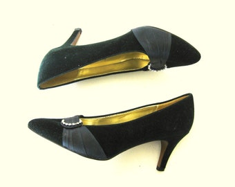 Emerald Green Velvet Heels, Rhinestone Shoe Clips, Satin Trim, 10