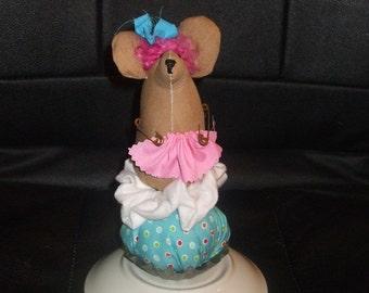 Primitive  Cupcake Mouse in Vintage Tart Mold PinKeep Handmade