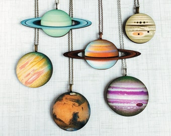 Planet Necklace Solar System Jewelry NASA Space Travel Saturn Mercury Venus Earth Mars Jupiter Uranus Neptune Pluto