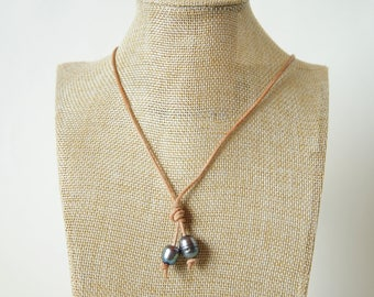 Unisex Necklace Leather Strap Pearl peacock Black