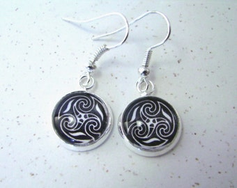 CELTIC TRISKELE Silver Dangle Earrings -- Petite Celtic triple spiral earrings in silver, black and white