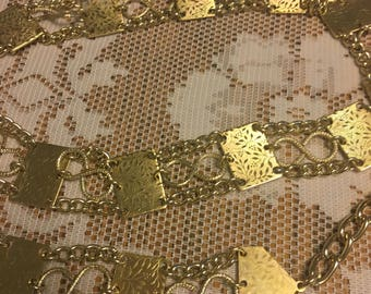 Lightweight Gold Vintage Chain Belt Signed Hong kong