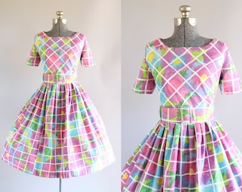 Vintage 1950s Dress / 50s Cotton Dress / Alvilette Bright Floral Windowpane Dress w/ Oversized Waist Belt M